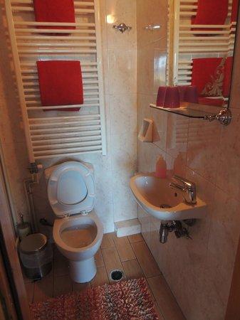 Mystras Inn : Salle de bains