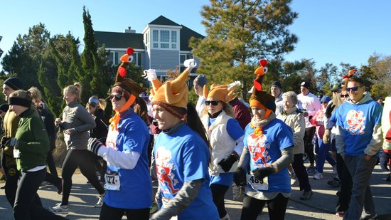 Advice 5 Cents, a bed & breakfast: Proud Sponsors of the Annual ADVICE 5K Turkey Trot