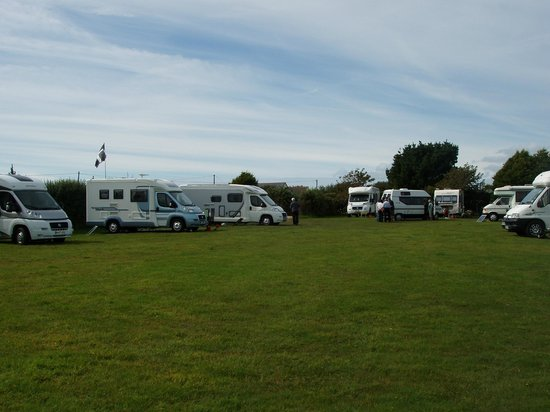 Little Trethvas Camping and Touring Site: Camping field