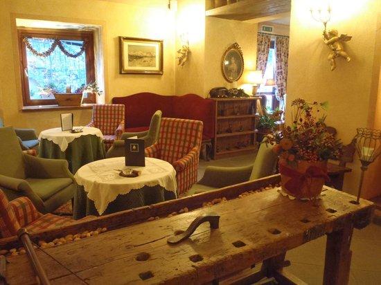 Villa Novecento Romantic Hotel : Reception 2