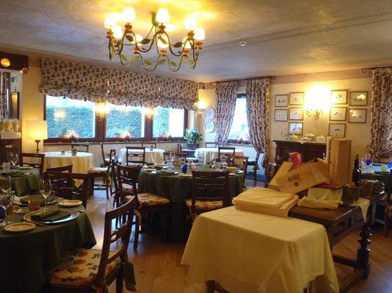 Villa Novecento Romantic Hotel : Breakfast / dining room 2