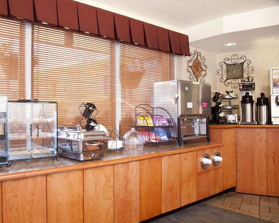 The Downtown Duluth Motel: New Breakfast Area