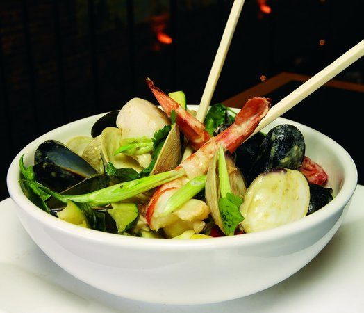 Plum Island Grille: Thai Seafood Stew - photo by brian smestad