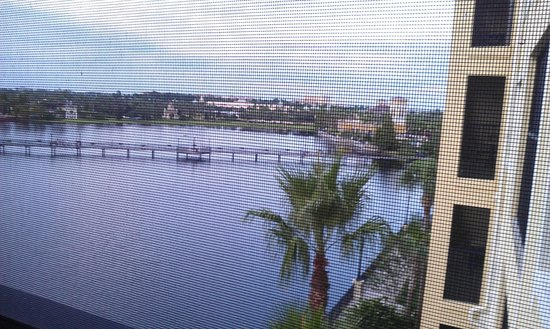 Hilton Grand Vacations at Tuscany Village: view from screened in porch