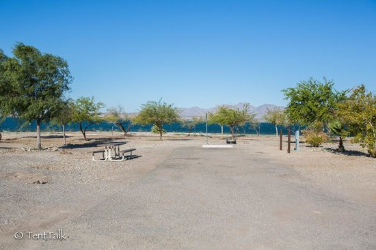 Lake Havasu State Park: One of the many Lake-front sites