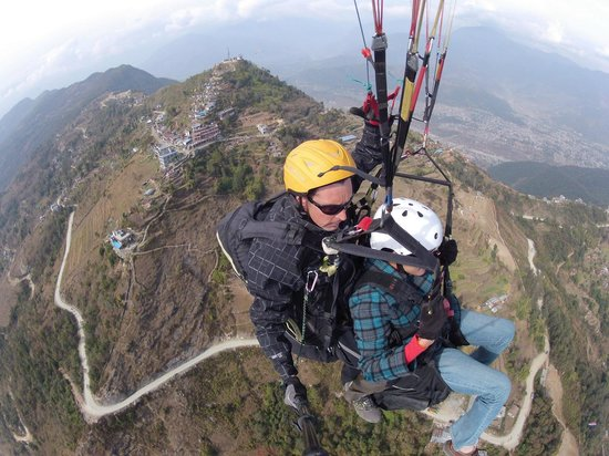 Team 5 Nepal Paragliding: On air?