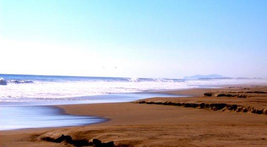 Playa Viva: beach walk