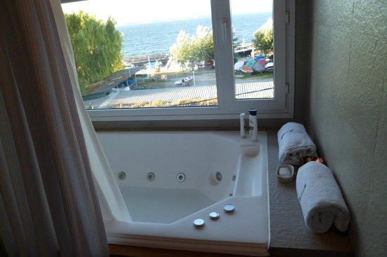 El Nautico Bungalows & Suites: baño