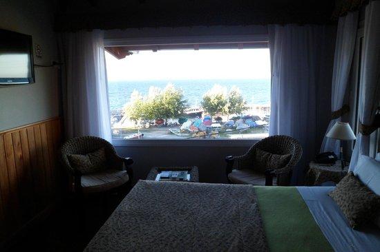 El Nautico Bungalows & Suites: vista de la habitacion