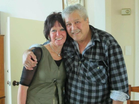 Ormond Street Motel: Mike and Joy Welcome you to our Ormond St Motel