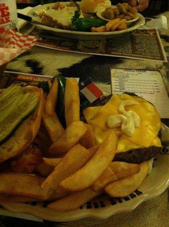 Big Texan Steak Ranch : Big burgers