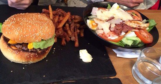 L'Atelier du Burger: Hamburger Bacon & salade César