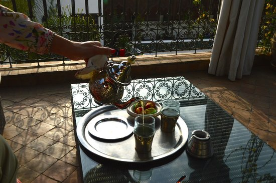 Riad Assakina: Afternoon tea on rooftop