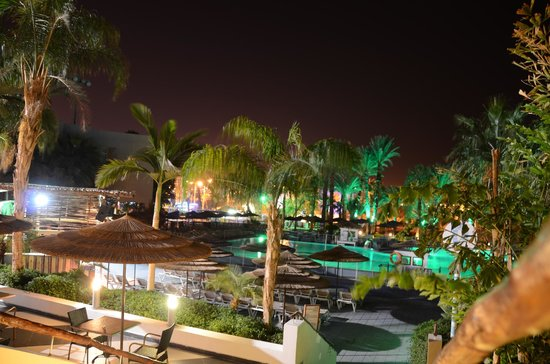 U Coral Beach Club Eilat: Night vision