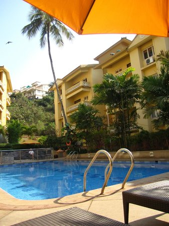 Sandalwood Hotel & Retreat: grounds are nice