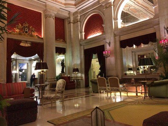 Hotel Avenida Palace : Living area of hotel