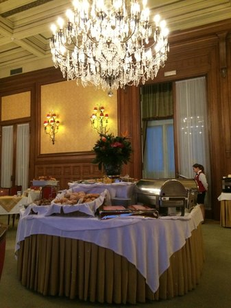 Hotel Avenida Palace: Breakfast