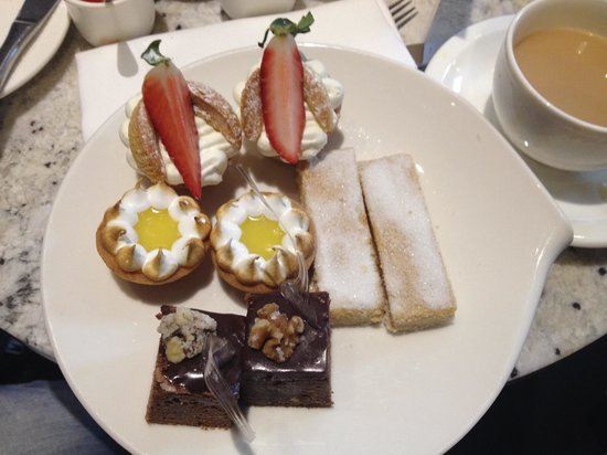 Northcote Restaurant: The top tier of our afternoon tea