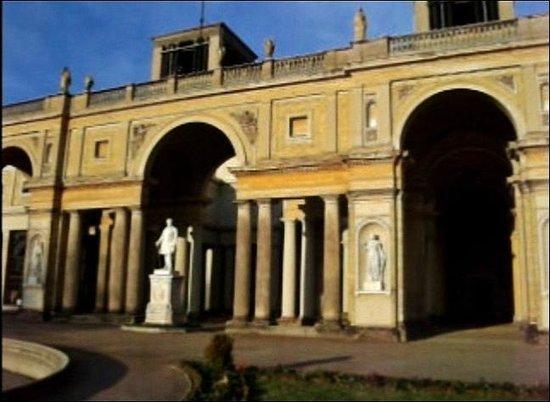 Orangerie im Park Sanssouci: Дворец Оранжери