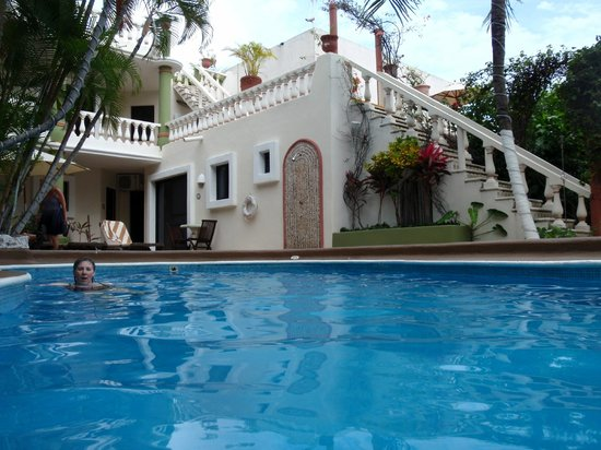 Aventura Mexicana: Adult pool - stairs to honeymoon suite and upper rooms