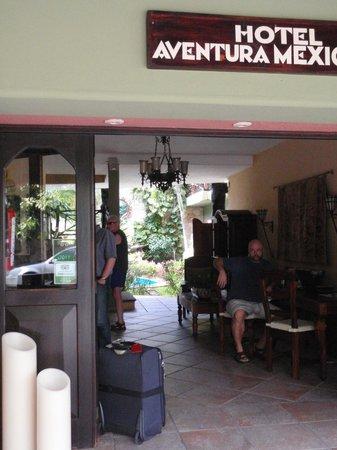 Aventura Mexicana : front entrance/ reception