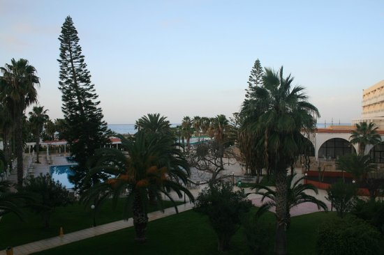 Louis Phaethon Beach : view from our room on first floor