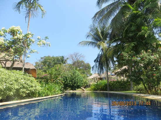 Pool Villa Club Senggigi Beach Lombok: upstairs balcony