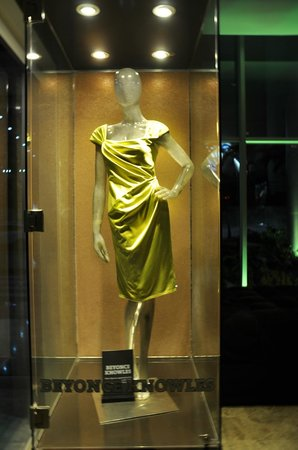Hard Rock Hotel Panama Megapolis: Beyonce Dress