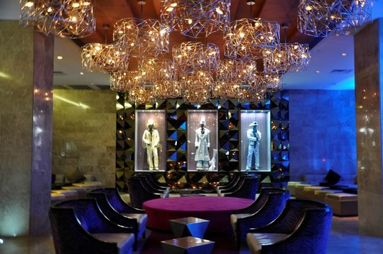 Hard Rock Hotel Panama Megapolis: Base Bar en Recepcion