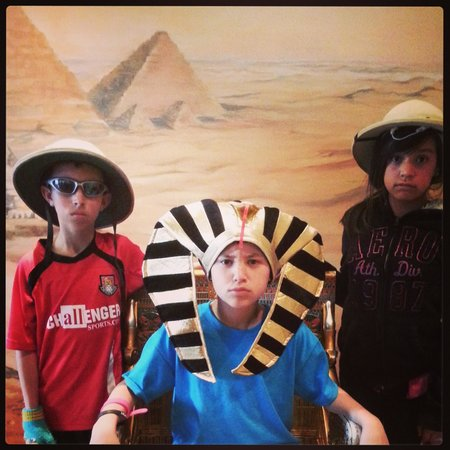 Tomb Egyptian Adventure : Serious pic