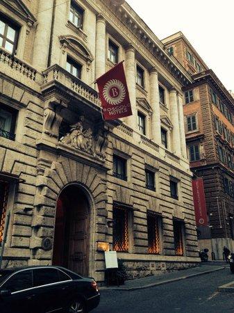 Aleph Hotel Rome: Hotel entrance