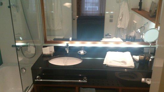 Hotel Haven: Ванная