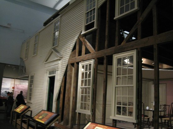 National Museum of American History: a whole house that was transferred into the museum