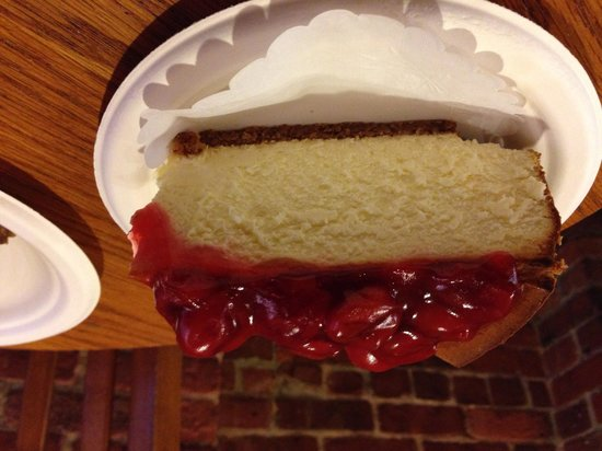 Two Little Red Hens: Cherry cheese cake