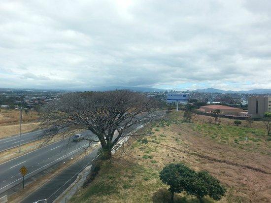 Sheraton San Jose Hotel: Overlooking San Jose
