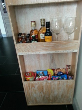 Sheraton San Jose Hotel: Mini bar