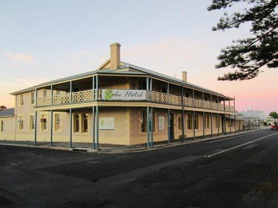 Robe Hotel