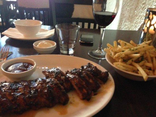 Gauchos Breda: Ribs with Fries