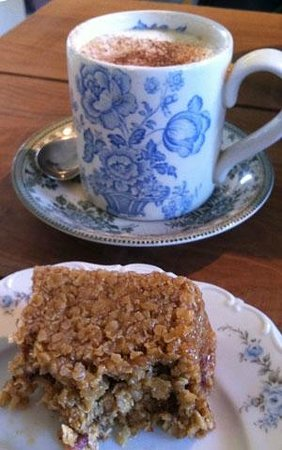 Campden Coffee Company: Delicious raspberry and chocolate flapjack