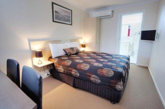 High Street Motor Inn: Double Room