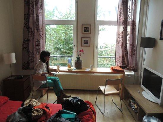 Amstel Riverview: habitacion con vista interna, pero mucha luz