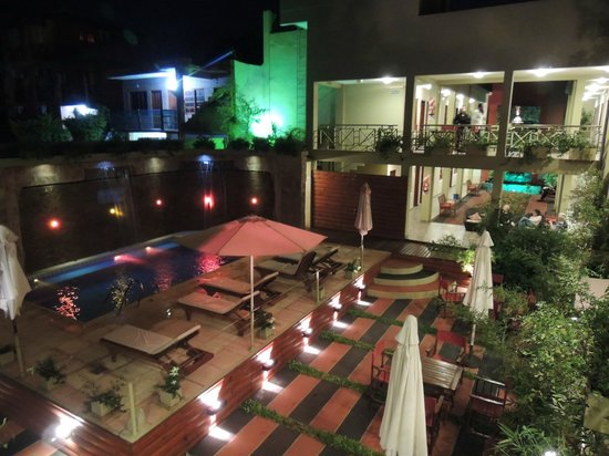 Hotel Jardín de Iguazú: Piscina