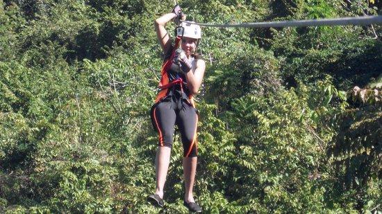 Hotel Vista de Olas: ziplining
