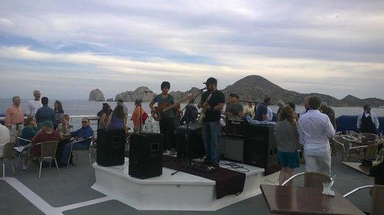 CaboRey Luxury Dinner Cruise : Top deck entertainment