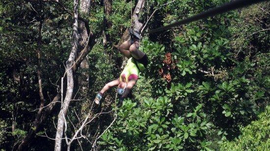 Hotel Vista de Olas : what a blast ziplining!