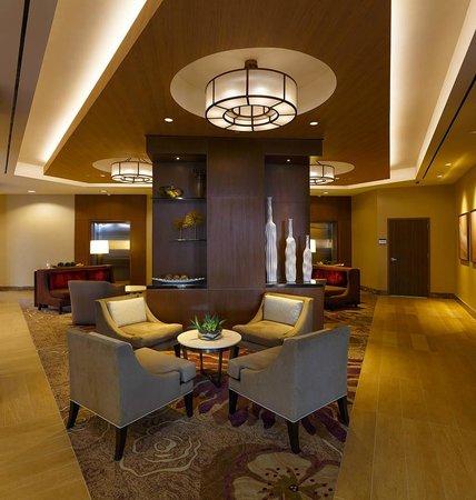 DoubleTree by Hilton Hotel Irvine - Spectrum : Lobby Entrance