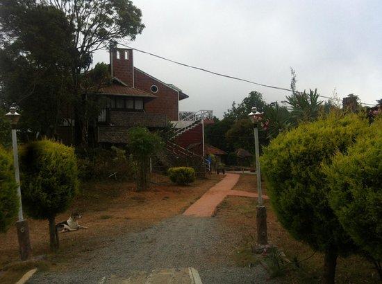 Hotel Eletaria Resort: Caminho para os quartos