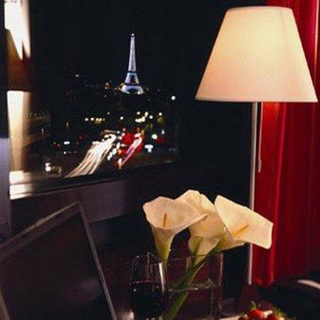 Hotel Concorde Montparnasse: Bar