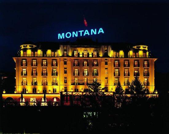 Art Deco Hotel Montana Luzern: The ART DECO HOTEL MONTANA at night