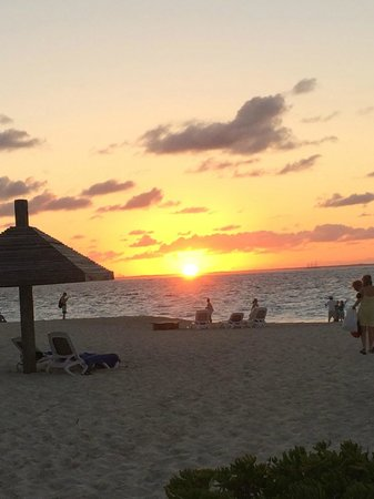 Club Med Turkoise, Turks & Caicos : Sunset from the beach
